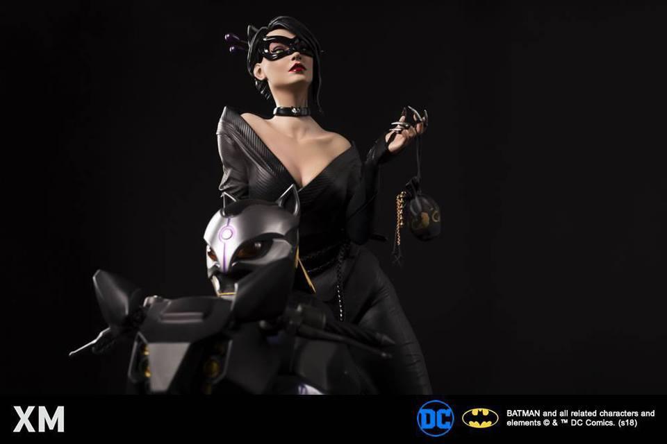 Premium Collectibles : Catwoman XM-catwoman-premium-03