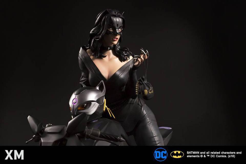 Premium Collectibles : Catwoman XM-catwoman-premium-05