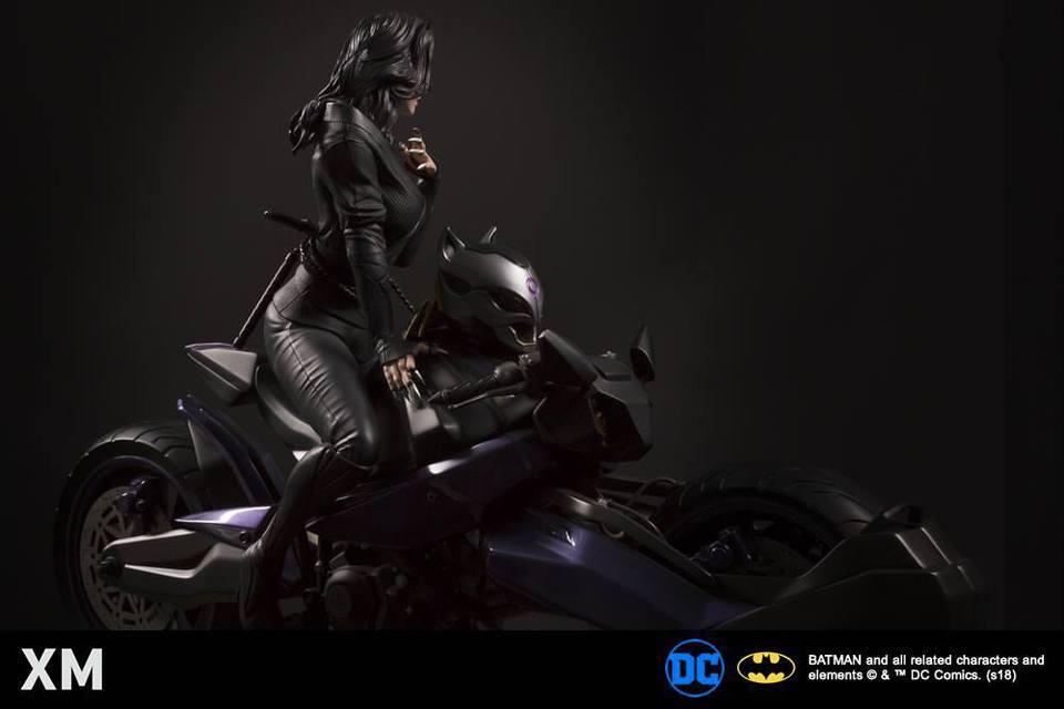 Premium Collectibles : Catwoman XM-catwoman-premium-09