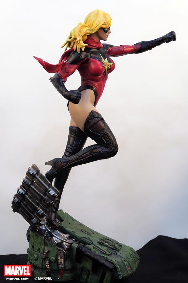 Premium Collectibles : Ms Marvel - Comics Version XM-miss-marvel-premium-08