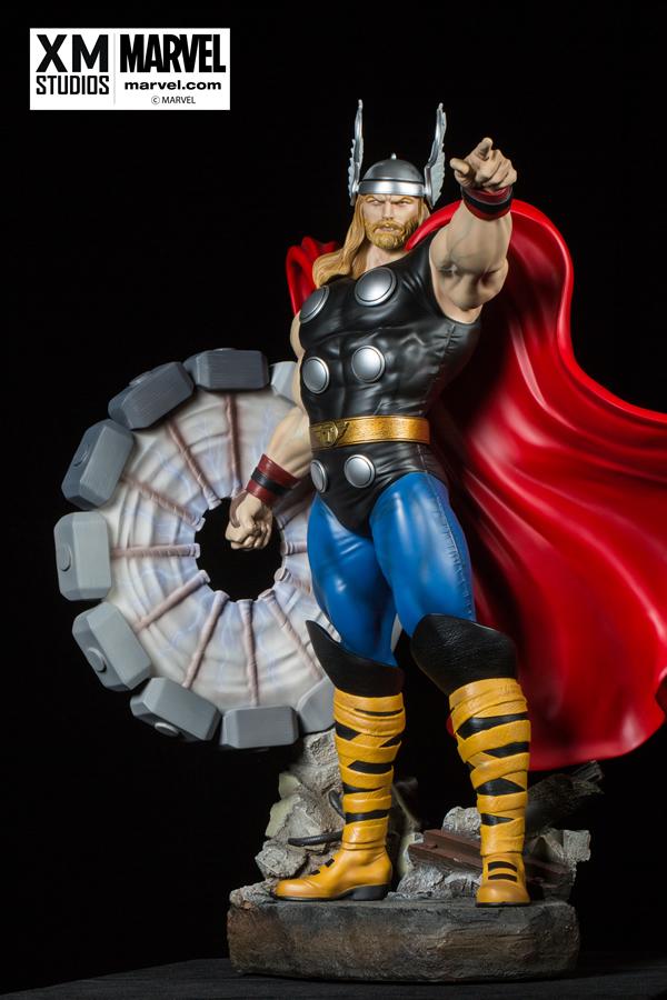 Premium Collectibles : Thor - Comics version  Xm-thor-premium-03
