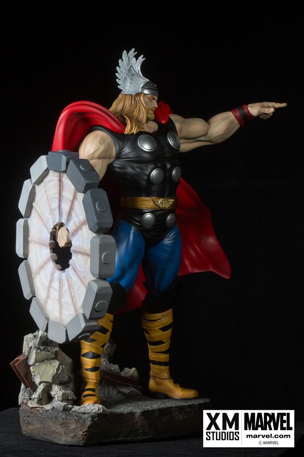 Premium Collectibles : Thor - Comics version  Xm-thor-premium-05