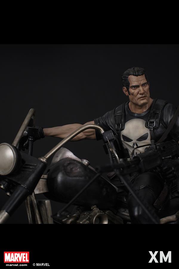 Premium Collectibles : Punisher XM-Punisher-premium-03