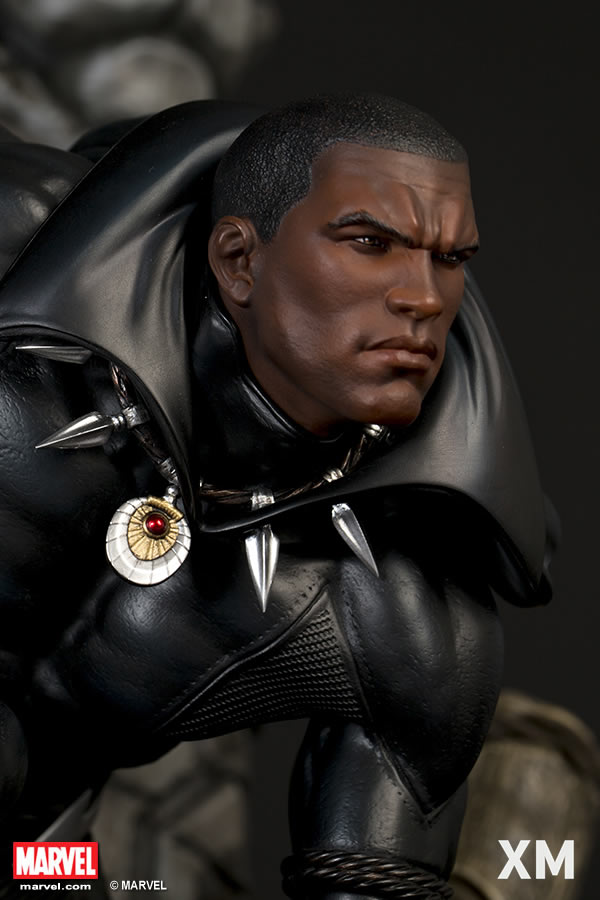 Premium Collectibles : Black Panther XM-black-panther-premium-02