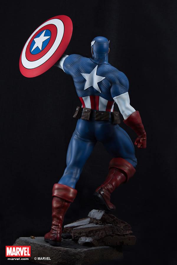 Premium Collectibles : Captain America - Comics Version XM-captain-america-premium-05