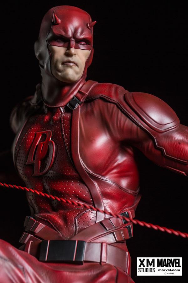 Premium collectibles : Daredevil  XM-dardevil-premium-04