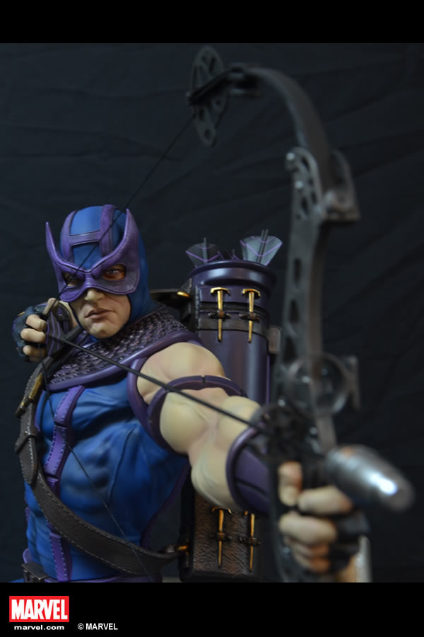Premium Collectibles : Hawkeye - Comics version XM-hawkeye-premium-02