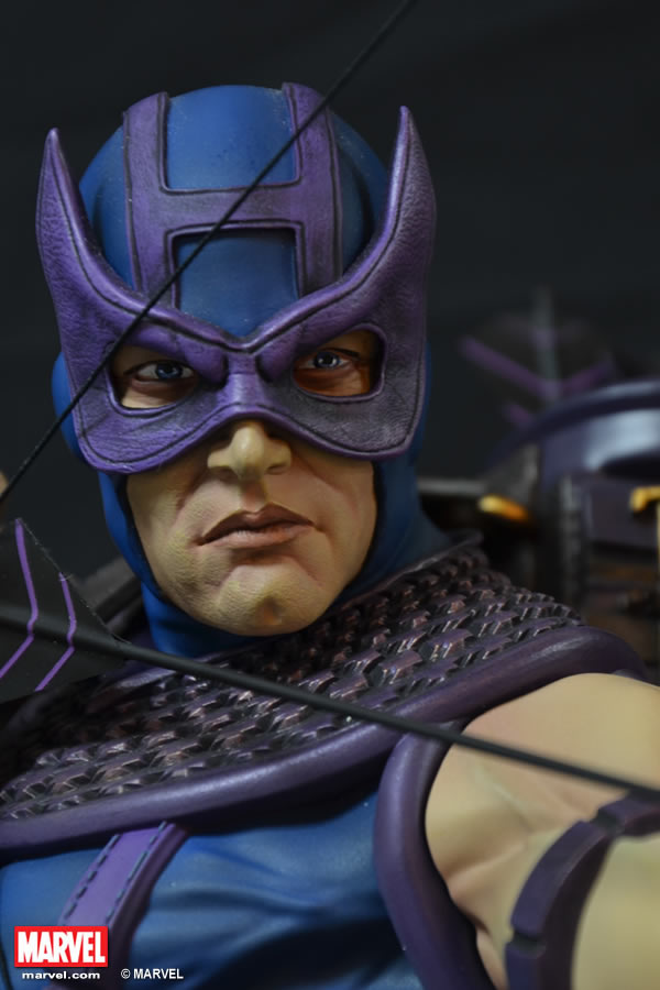 Premium Collectibles : Hawkeye - Comics version XM-hawkeye-premium-04