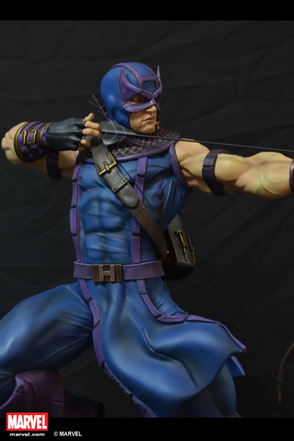 Premium Collectibles : Hawkeye - Comics version XM-hawkeye-premium-05