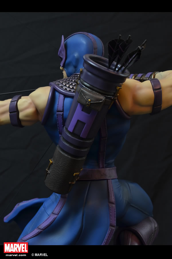Premium Collectibles : Hawkeye - Comics version XM-hawkeye-premium-06