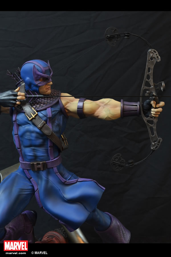 Premium Collectibles : Hawkeye - Comics version XM-hawkeye-premium-07
