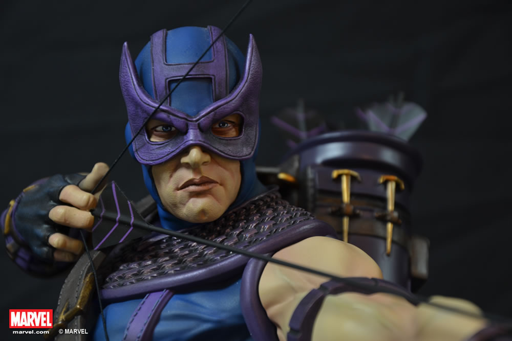 Premium Collectibles : Hawkeye - Comics version XM-hawkeye-premium-10