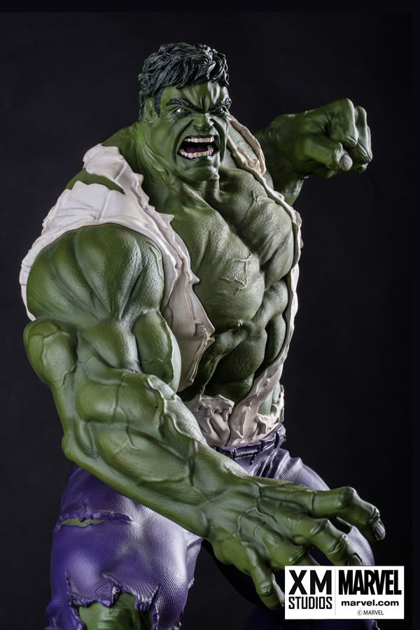 Premium Collectibles : Incredible Hulk - Comics Version XM-hulk-premium-03