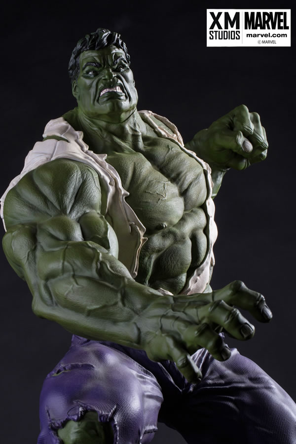 Premium Collectibles : Incredible Hulk - Comics Version XM-hulk-premium-07