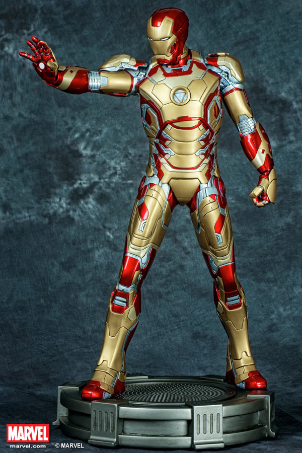 Premium Collectibles : Iron man MK XLII XM-iron-man-MK-XLII-premium-03