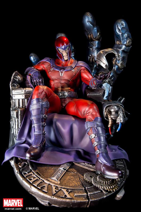 Premium Collectibles : Magneto on Sentinel Throne XM-magneto-on-throne-premium-01