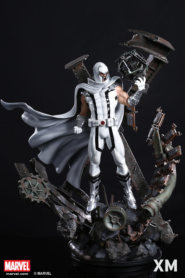 Premium Collectibles : Magneto White Version XM-magneto-white-version-premium-statue-01
