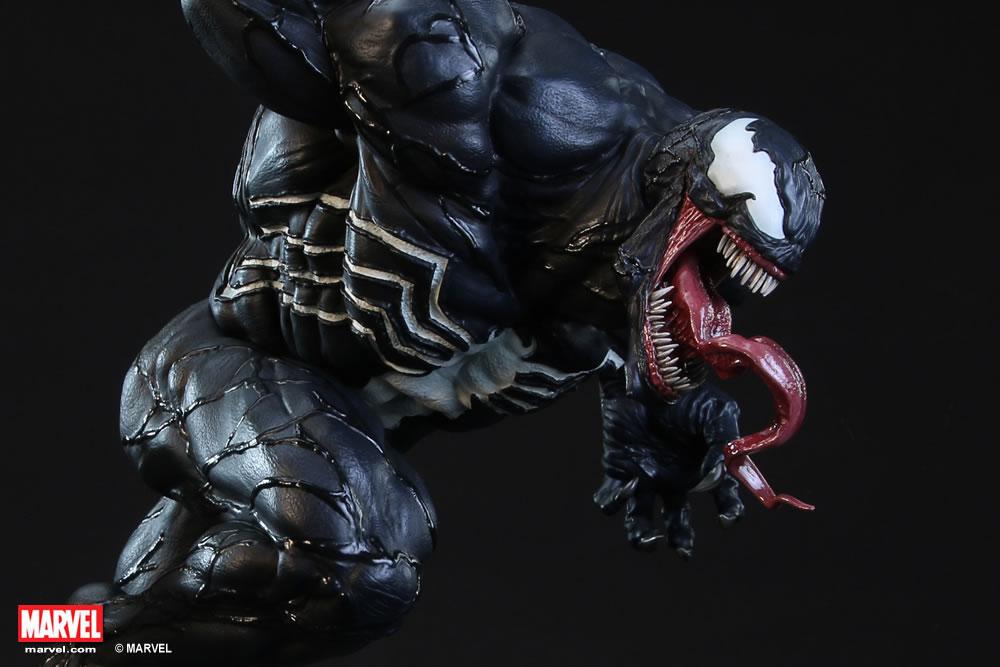 Premium Collectibles : Venom - Comics Version XM-vemom-premium-01