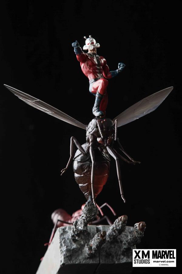 Premium Collectibles : Antman - Comics Version Xm-ant-man-premium-08