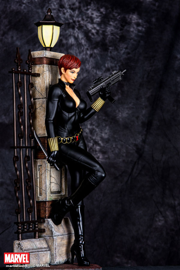 Premium Collectibles : Black Widow - Comics version Xm-black-widow-premium-07