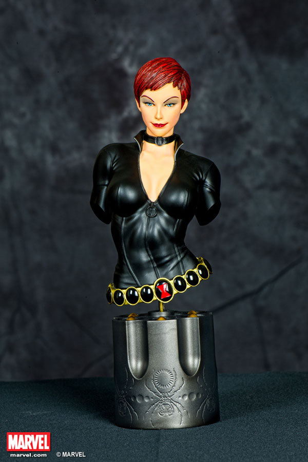 Premium Collectibles : Black Widow - Comics version Xm-black-widow-premium-09
