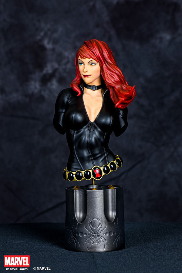Premium Collectibles : Black Widow - Comics version Xm-black-widow-premium-10