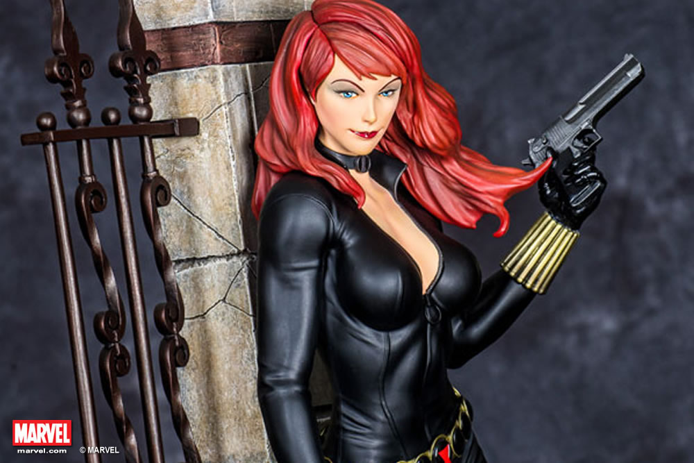 Premium Collectibles : Black Widow - Comics version Xm-black-widow-premium-11