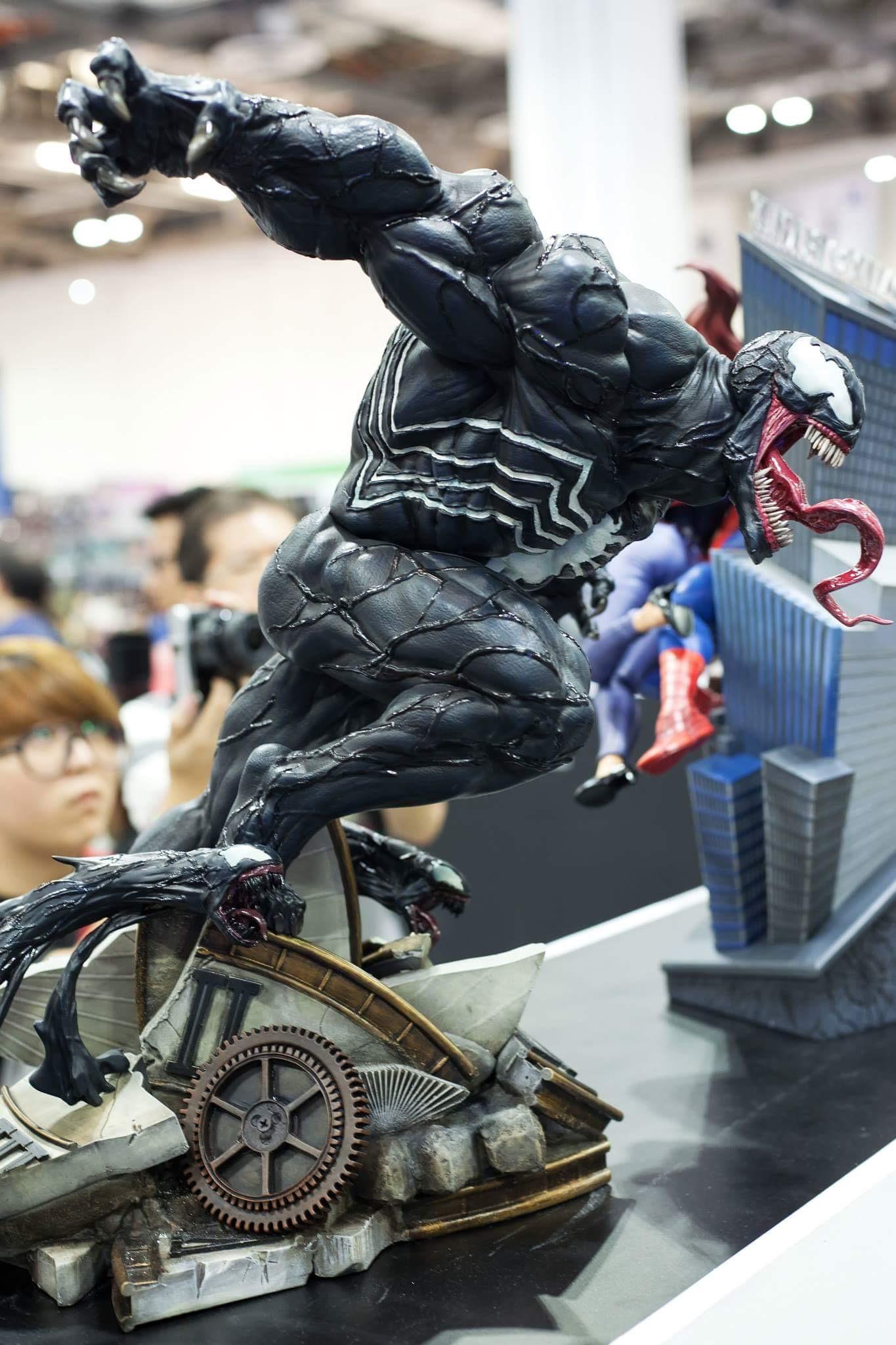 Premium Collectibles : Venom - Comics Version - Page 3 Image_1473695510