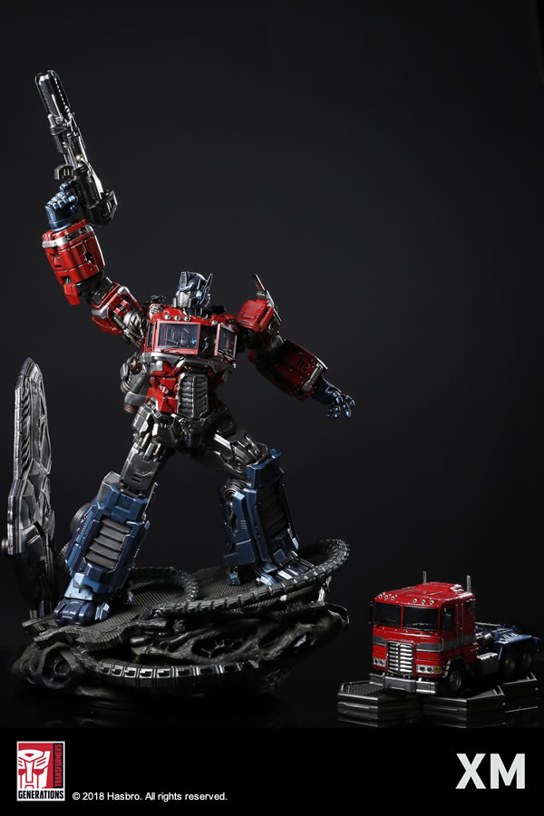 Premium Collectibles : Transformers - Optimus Prime (G1) XM-optimus-premium-01
