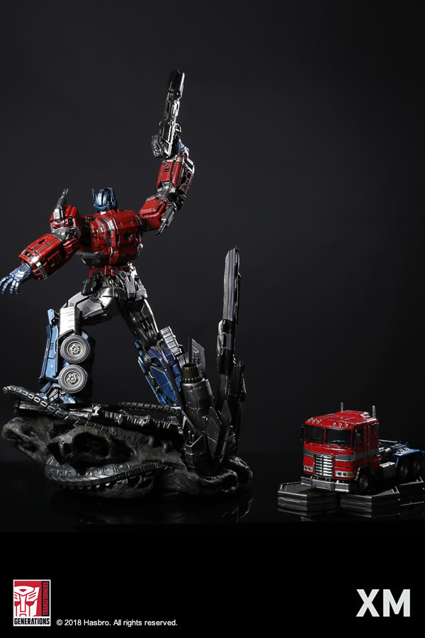 Premium Collectibles : Transformers - Optimus Prime (G1) XM-optimus-premium-02