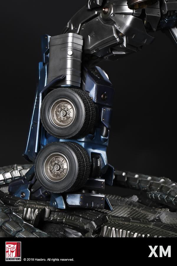 Premium Collectibles : Transformers - Optimus Prime (G1) XM-optimus-premium-10