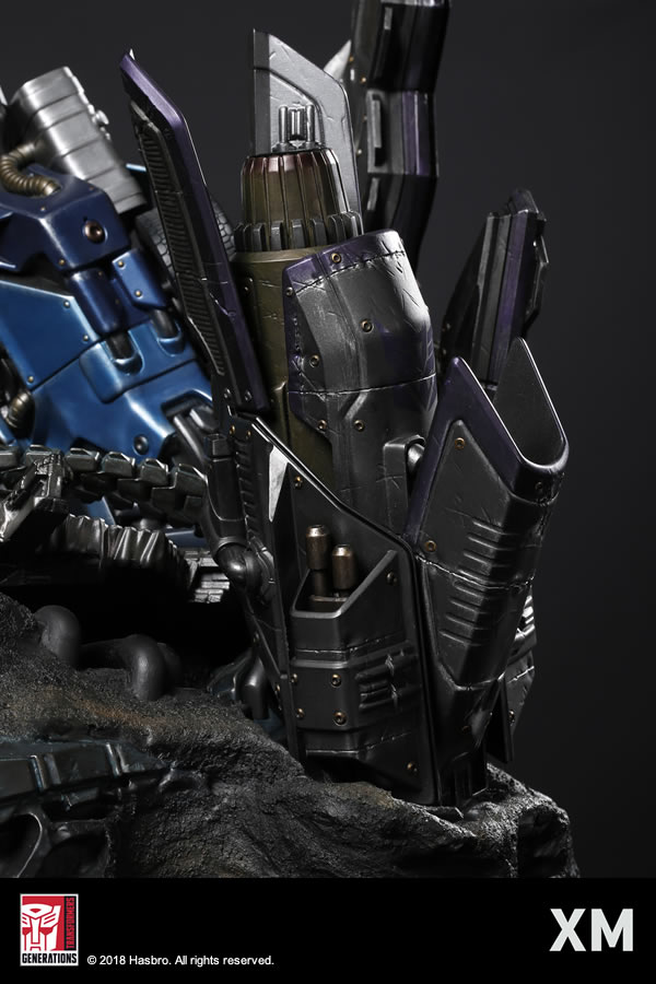 Premium Collectibles : Transformers - Optimus Prime (G1) XM-optimus-premium-11