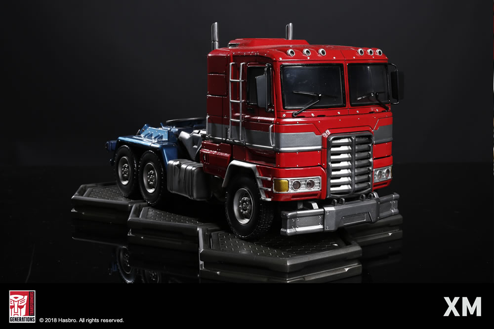 Premium Collectibles : Transformers - Optimus Prime (G1) XM-optimus-premium-22
