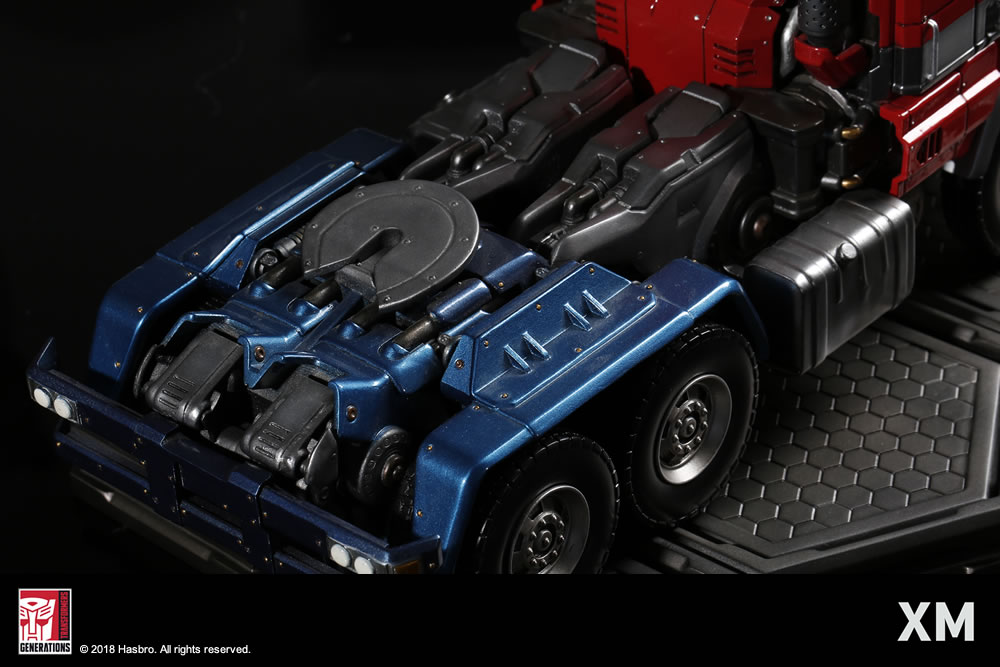 Premium Collectibles : Transformers - Optimus Prime (G1) XM-optimus-premium-24