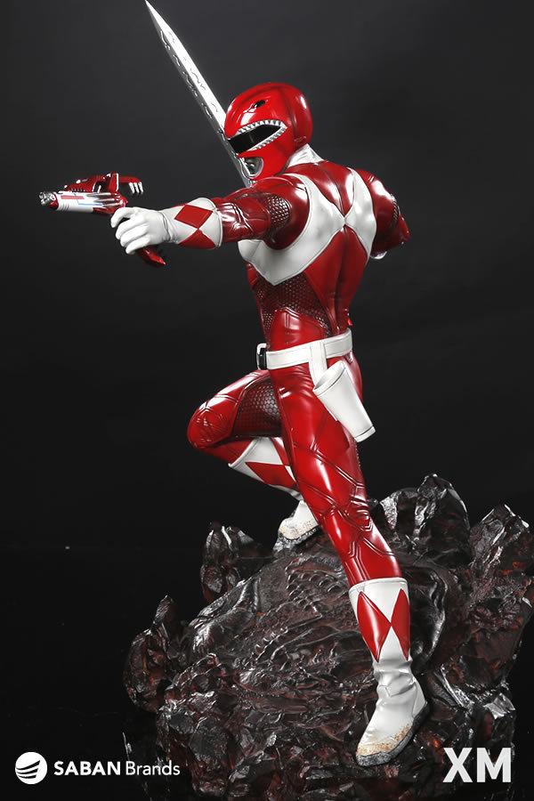 Premium Collectibles : Power Ranger Red XM-power-ranger-red-premium-04
