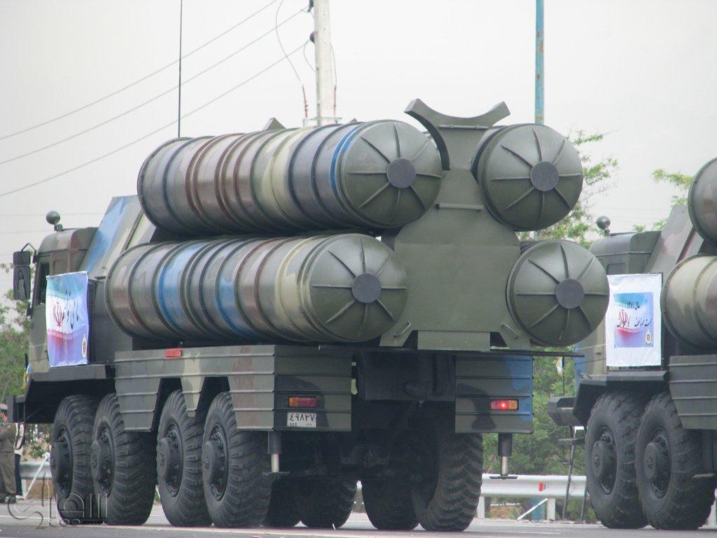 وكالة: إيران تتسلم الجزء الصاروخي من نظام إس-300 الدفاعي من روسيا Sejil-090_20100419_1811139929