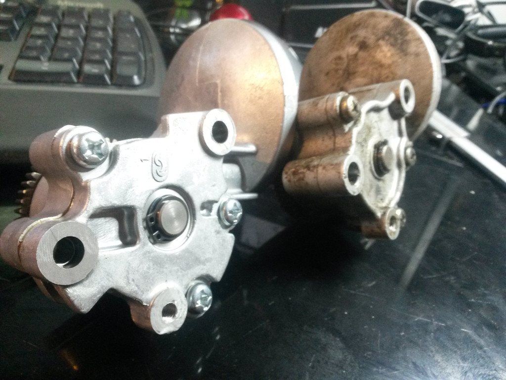 pistons 750 r1 750tPumps