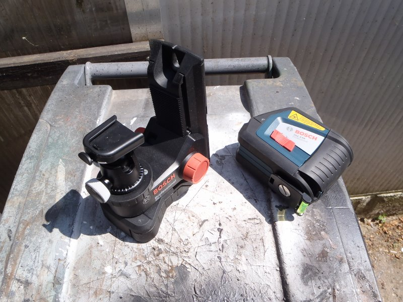 Rotule d'appareil photo sur Laser GLL2-50-01