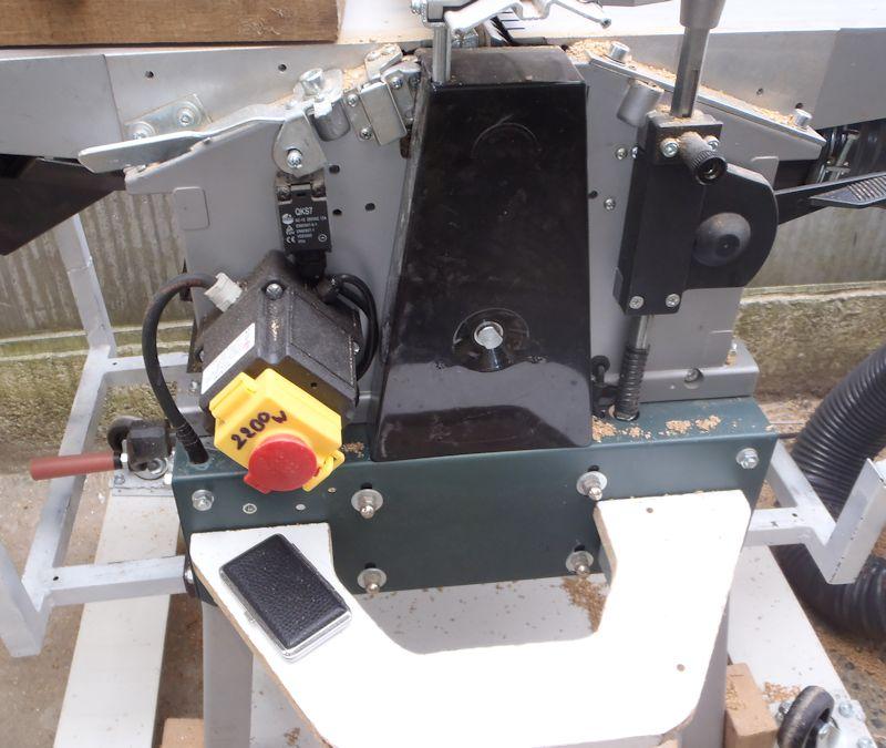 Modification du rabot-dégau Metabo HC260 Elec_position