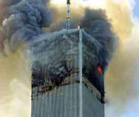 صور غريبة وجديدة لأحداث 11 سبتمبر... مبنى التجارة العالمي 2011-634509947494780870-478