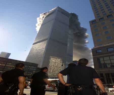 صور غريبة وجديدة لأحداث 11 سبتمبر... مبنى التجارة العالمي 2011-634509961631610364-161
