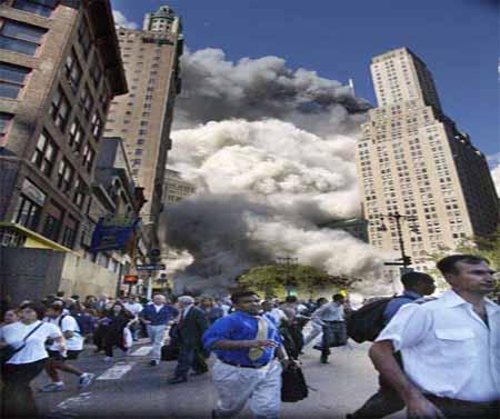 صور غريبة وجديدة لأحداث 11 سبتمبر... مبنى التجارة العالمي 2011-634509962843714206-371