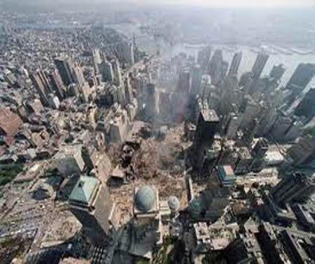 صور غريبة وجديدة لأحداث 11 سبتمبر... مبنى التجارة العالمي 2011-634509965462038856-203