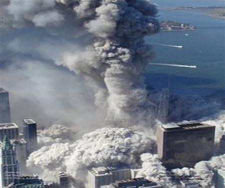 صور غريبة وجديدة لأحداث 11 سبتمبر... مبنى التجارة العالمي 2011-634509970998112536-811