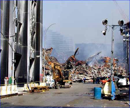 صور غريبة وجديدة لأحداث 11 سبتمبر... مبنى التجارة العالمي 2011-634509973417215338-721
