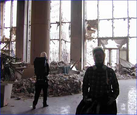 صور غريبة وجديدة لأحداث 11 سبتمبر... مبنى التجارة العالمي 2011-634509974225295338-529