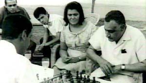 """سيرة """"تحية عبد الناصر"""".. الزوجة التي لم يعنيها لقب حرم الرئيس 2011-634416509359124136-912"""