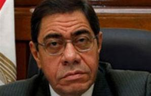 """""""بوابة الأهرام"""" تنشر كواليس مؤتمر إقصاء النائب العام.. لأول مرة شخص غير ياسر على يتلو قرارات الرئيس 2012-634648432212757149-275_main_thumb300x190"""