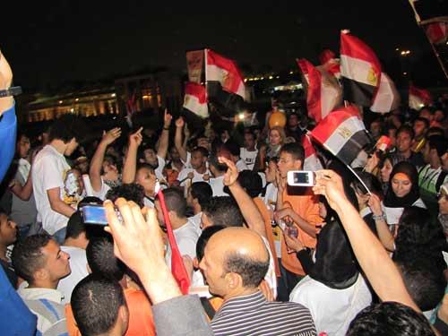 همس أصحاب : صور و بوسترات عبد المنعم أبو الفتوح 2012-634689946307193960-719