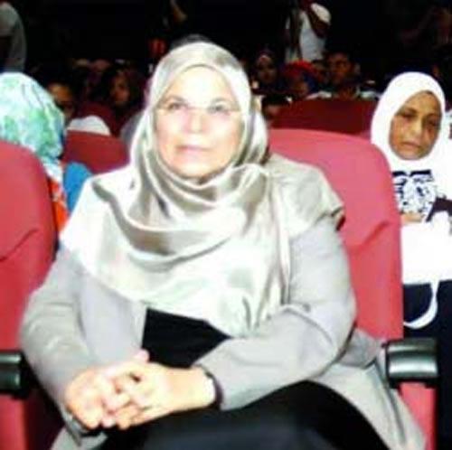 """زوجات مرشحي الرئاسة يرفضن تكرار تجربة سوزان.. ويطالبن بإلغاء لقب """"السيدة الأولى"""" 2012-634729693191225998-122"""